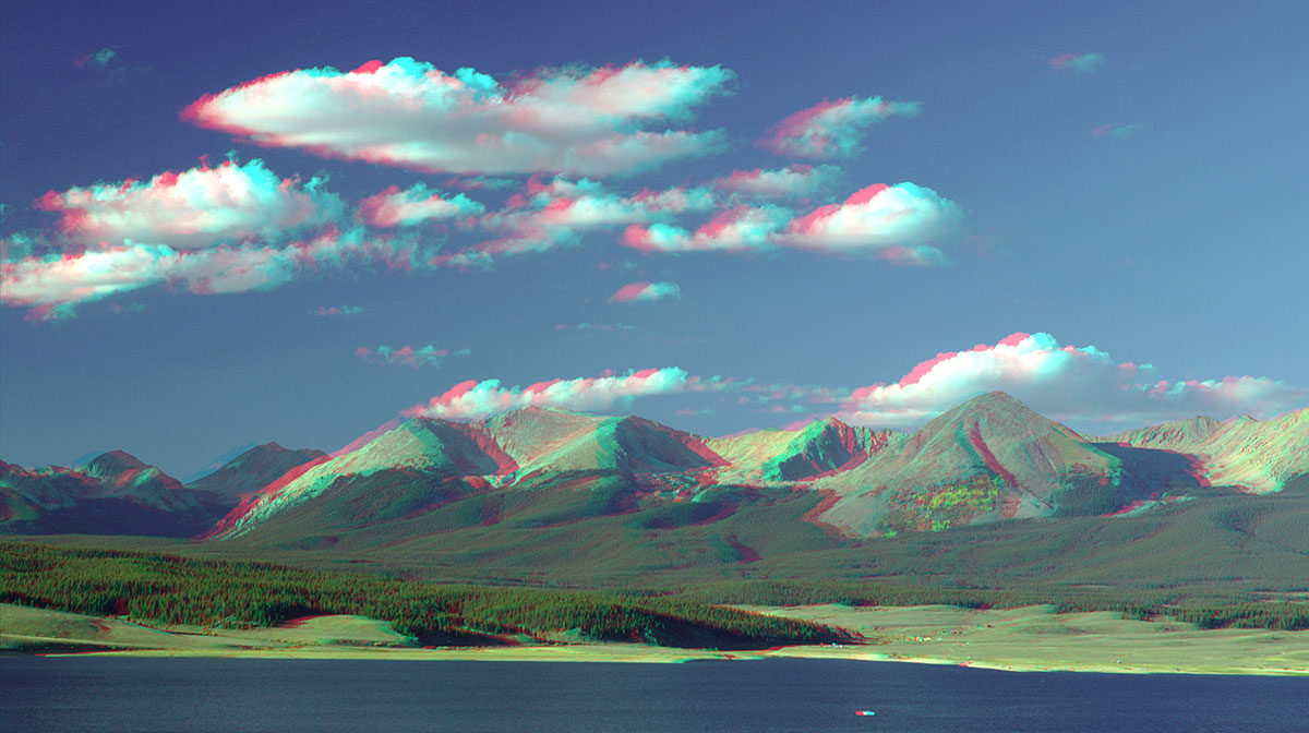 3D image anaglyph mountains